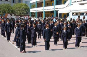 Des cartables pour 3,7 millions d'élèves