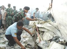Indonésie : un crash meurtrier