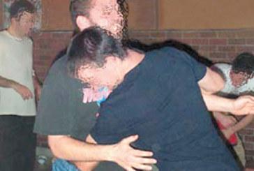 Trois homosexuels tuent un ivrogne