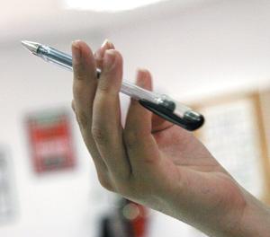 Pen spinning, comment jongler avec son stylo