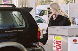 Le pétrole cher, une menace pour les 4×4 et les «SUV»