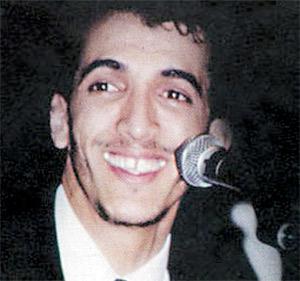 Le chanteur d'Al Adl arrêté pour adultère