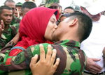 Indonésie : le baiser qui a fait scandale