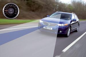Honda Accord : Des sophistications pour rester sur le droit chemin