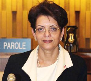 Le Maroc retire la candidature de Aziza Bennani à la direction générale de l'UNESCO au profit de l'Egypte