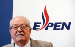 Jean-Marie Le Pen se rappelle aux bons souvenirs des Français