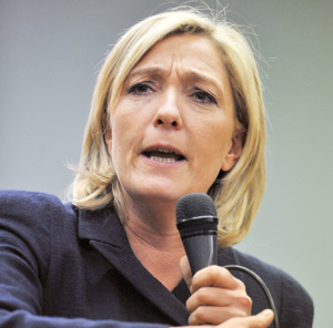 Marine Le Pen bat son record de popularité