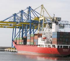 Événement : Les importations de pétrole en hausse