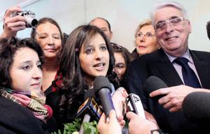 Retour triomphal de Najlae Lhimer en France