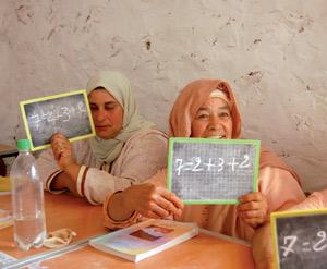 10.000 femmes alphabétisées grâce au soutien de l'USAID