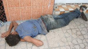 Cinq nécrophiles tuent un SDF et abusent de son cadavre