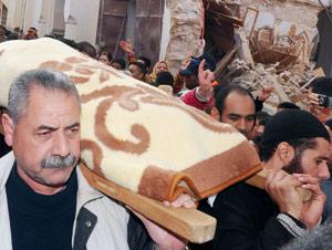41 morts et 76 blessés dans l'effondrement de la mosquée Bab Berdieyinne à Meknès