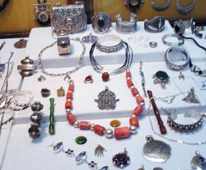 Vente à Paris de bijoux berbères marocains : Les associations berbères assignent Christie's France en justice