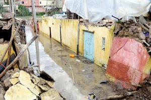Six morts et d'importants dégâts matériels
