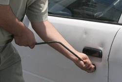 Des voleurs de voitures en prison