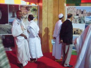 Laâyoune : Accueil festif pour la caravane de l'histoire