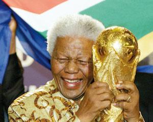 Un show africain en présence de Mandela