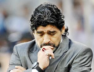 Argentine : Maradona veut continuer avec son encadrement