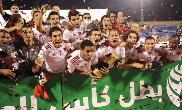 Coupe arabe des Nations : En attendant la coupe d Afrique, le Maroc remporte le titre arabe et le jackpot d un million de dollars