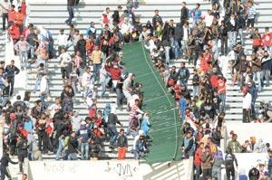 160 supporters arrêtés et une centaine de blessés, bilan d'un samedi noir