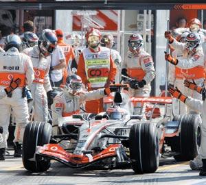 Affaire d'espionnage Ferrari-McLaren : McLaren joue ses titres devant le Conseil mondial FIA