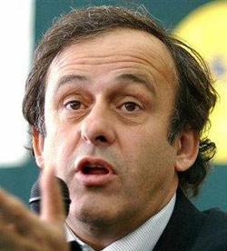 Platini candidat à la présidence de l'UEFA
