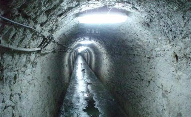 Effondrement d'un tunnel en Papouasie indonésienne: une trentaine de personnes piégées