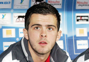 Ligue des champions : Pjanic envoie Lyon dans le grand huit