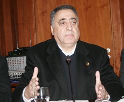 Ziane : «l'actuelle majorité a échoué»