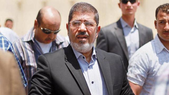 Egypte: encore 15 jours de prison pour Mohamed Morsi