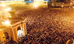 Mosquée Hassan II : 300.000 fidèles célèbrent la Nuit du Destin derrière Omar Al Kazabri