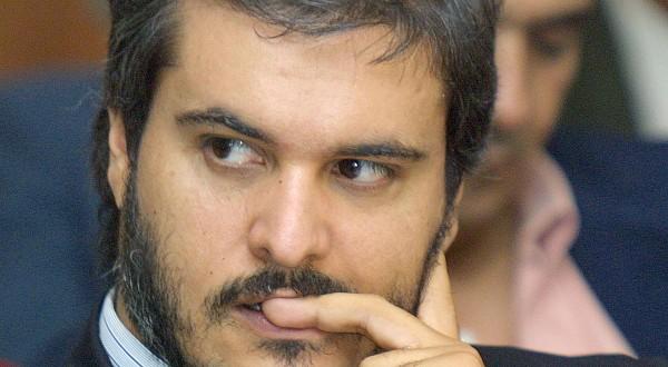 SA le prince Moulay Hicham renonce à sa plainte déposée contre Abdelhadi Khairat