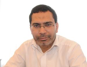 Mustapha Khalfi : «En parlant anglais à la télé je ne cherche pas à me faire remarquer»