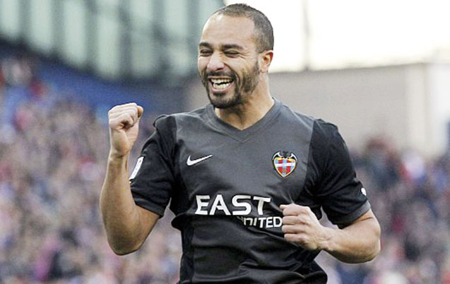 Premier but de la saison pour Nabil El Zhar