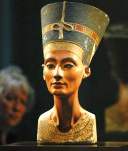 L'Egypte demande le retour du buste de Néfertiti