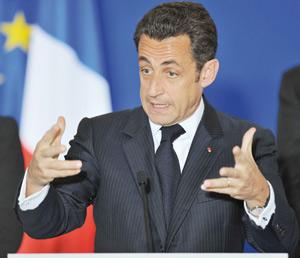 Nicolas Sarkozy persiste et signe dans l'ouverture