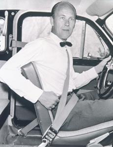 Volvo fête les 50 ans de la ceinture de sécurité à 3 points