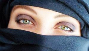Polémique sur le port du niqab en égypte : la justice égyptienne se prononce contre le port du niqab lors des examens