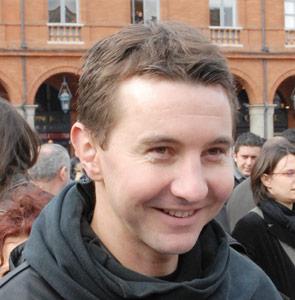 Olivier Besancenot sort le joker de la candidate voilée