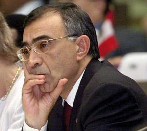 Régionalisation : Omar Azziman prévoit 215 milliards DH pour installer les régions
