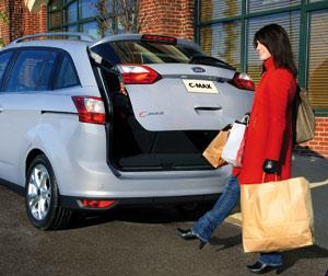 Nouveau Ford C-Max : Un hayon intelligent