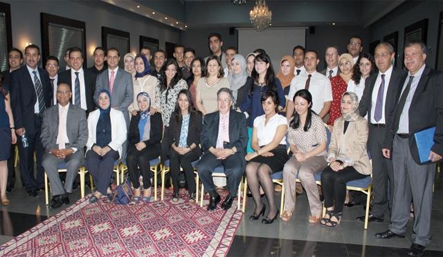 Attijariwafa bank lance sa 2ème caravane de l emploi à Oujda