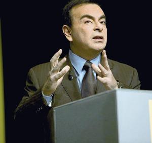 Carlos Ghosn croit à l'essor rapide de l'automobile électrique