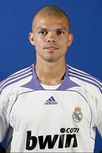 Espagne : saison terminée pour le défenseur portugais Pepe