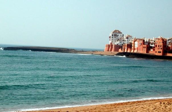 La plage de Bouznika hisse le label «Pavillon bleu» pour la 6ème année consécutive