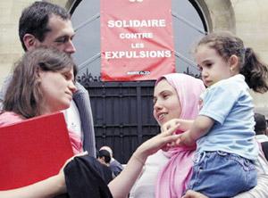 Un réseau marocain pour les sans-papiers