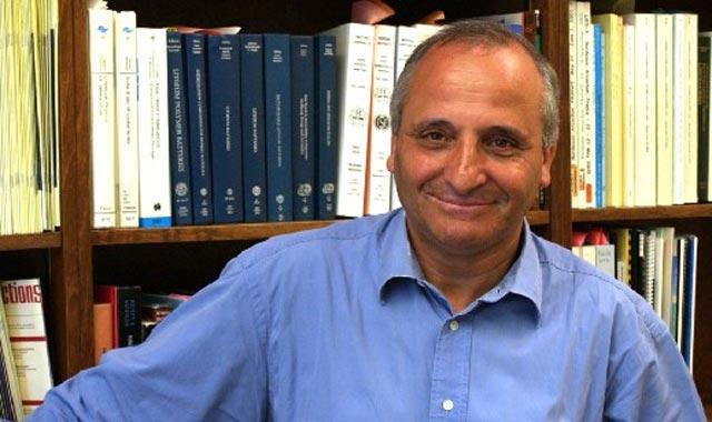 Rachid Yazami, le marocain à l origine de la batterie lithium rechargeable primé à Washington DC