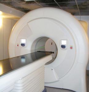 La radiothérapie combinée à un traitement hormonal réduit la mortalité