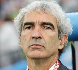Transfert : Le Français Raymond Domenech candidat au poste de sélectionneur de l'équipe d'Algérie