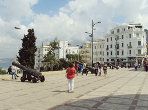 L'ambiance festive de l'été à Tanger